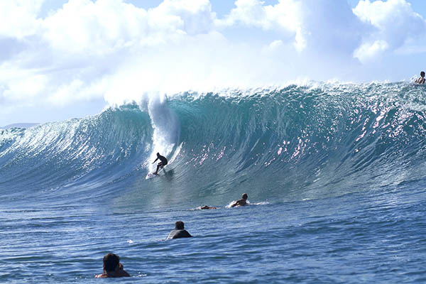 PIPELINE_H2O_HAWAII_©HANK FOTO