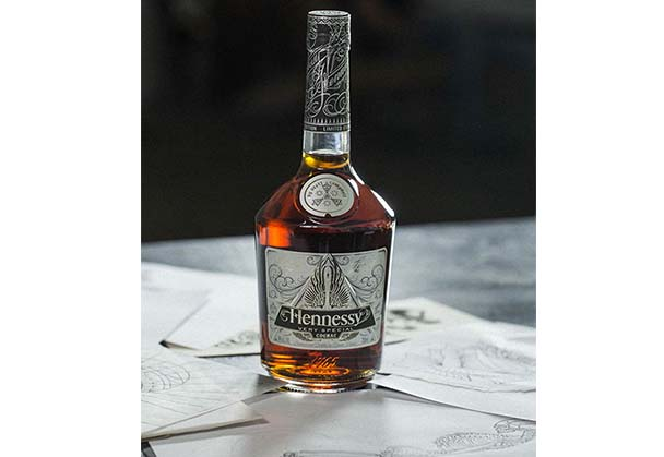 HENNESSY AND VIRTUOSO TATTOO ARTIST SCOTT CAMPBELL JOIN FORCES FOR THE  2016 VERY SPECIAL LIMITED EDITION